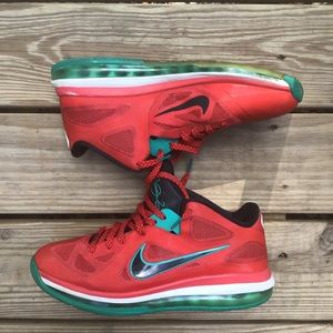 LEBRON 9 LOW LIVERPOOL SIZE 10